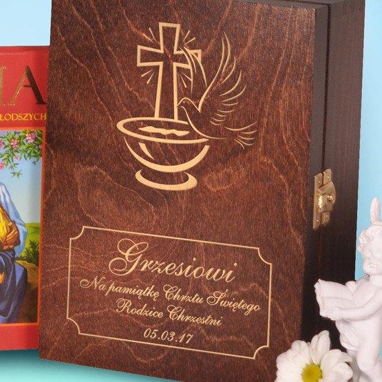 Biblia w drewnianym pudełku- Pamiątka Chrztu Świętego