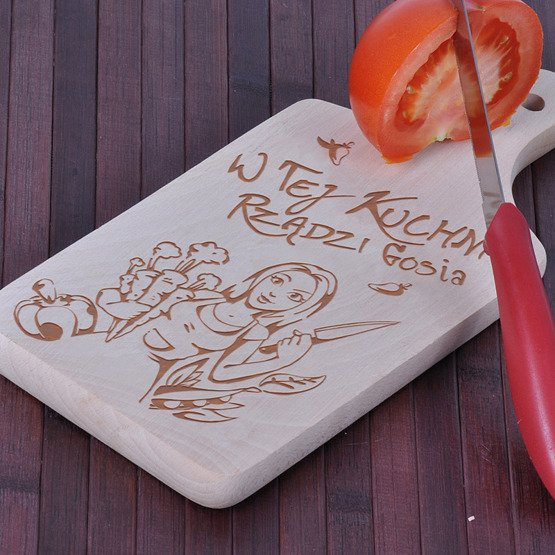 """Deska drewniana dla Pań- """"W tej kuchni rządzi..."""""""