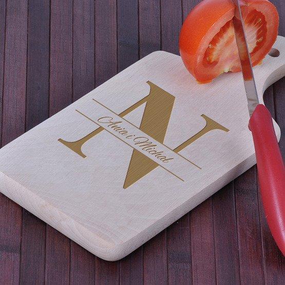 Deska kuchenna z grawerem dla Pary- Monogram + imiona
