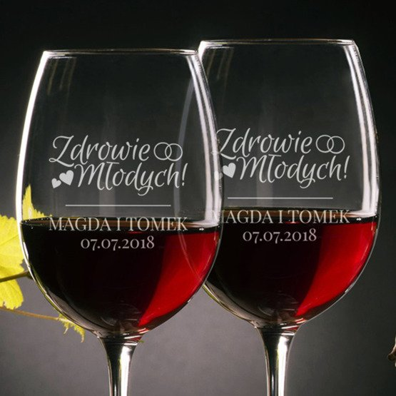 Kieliszki do wina - zdrowie młodych