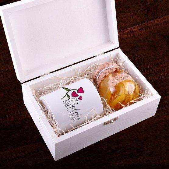 Zestaw kubek + cytryna w syropie w pudełku z nadrukiem dla Babci